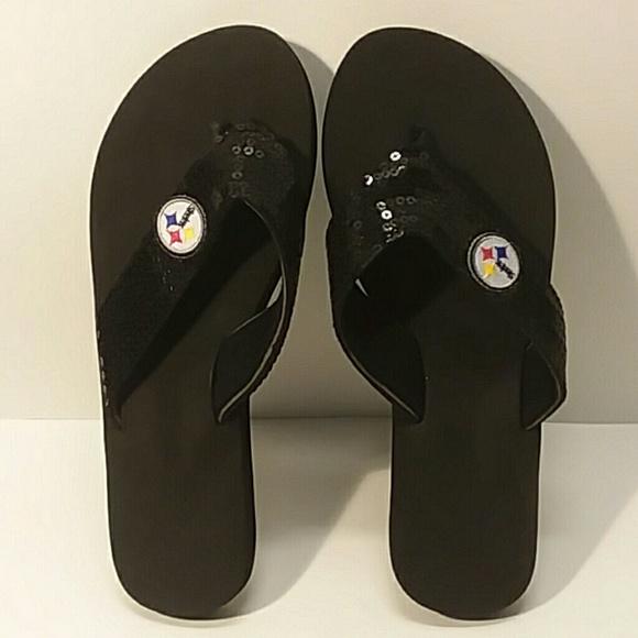23fcaa49b0f3f Licensed Pittsburgh Steelers flip flops